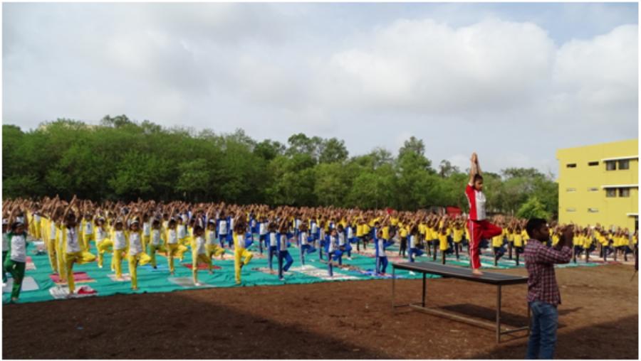 Yoga_Day_1H x